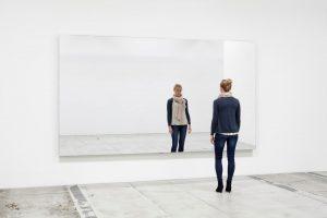 Jeppe Hein - Mirror Wall