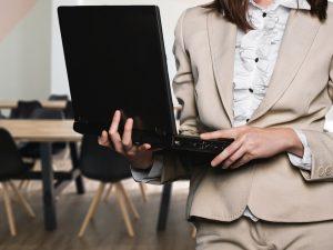 Εξυπηρέτηση πελατών σε μεγάλο επιχειρηματικό όμιλο